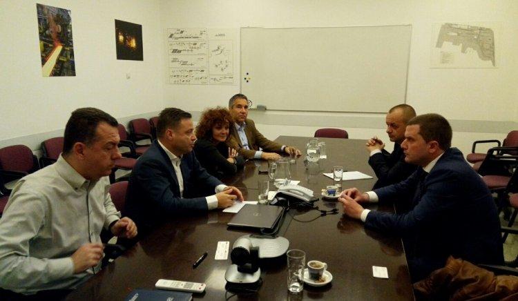 Народните представители  от БСП Станислав Владимиров и инж. Любомир Бонев се срещаха с генералния директор на Стомана